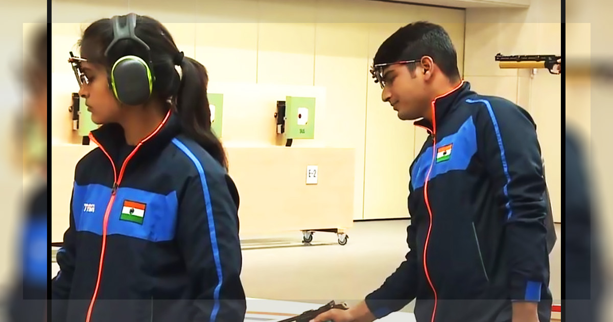 http://meranews.in/backend/main_imgs/AirPistol_manu-bhaker-om-prakash-mitharval-finish-4th-after-shooting-qualification-world-record_0.jpg