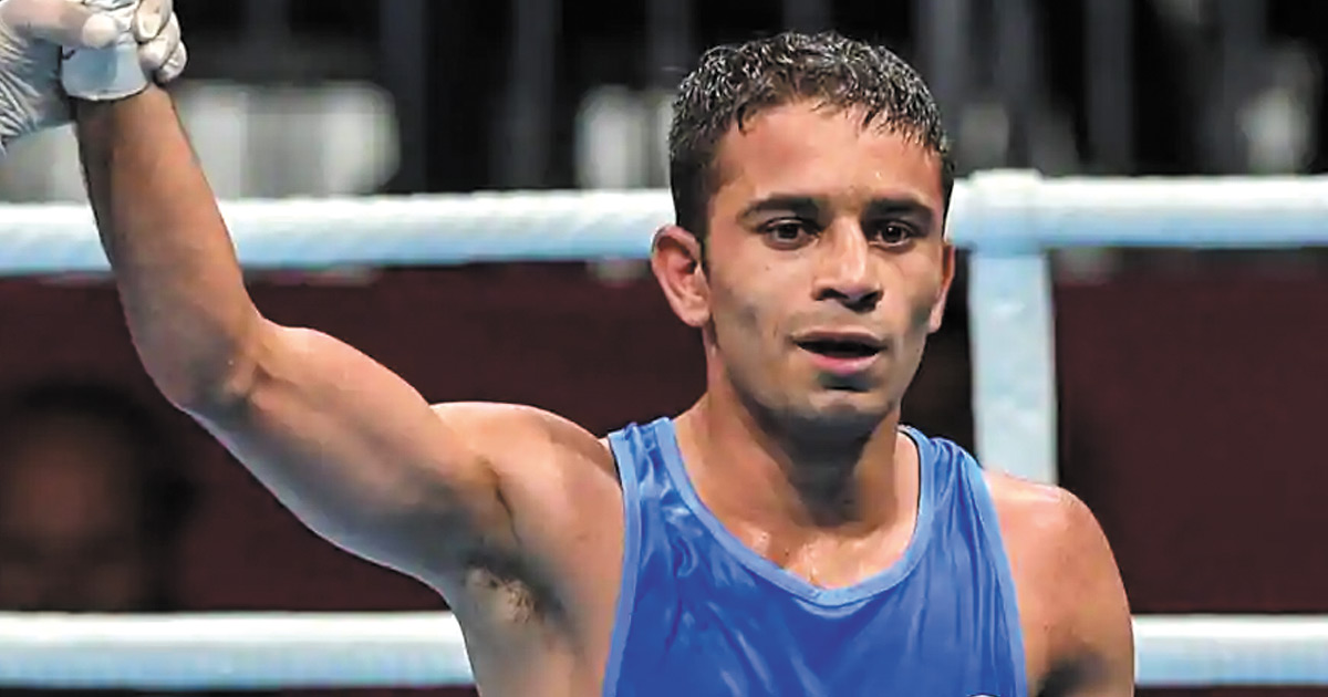 http://meranews.in/backend/main_imgs/Amit-Panghal_asian-games-boxer-amit-panghal-wins-gold-indias-gold-tally-now-15_0.jpg