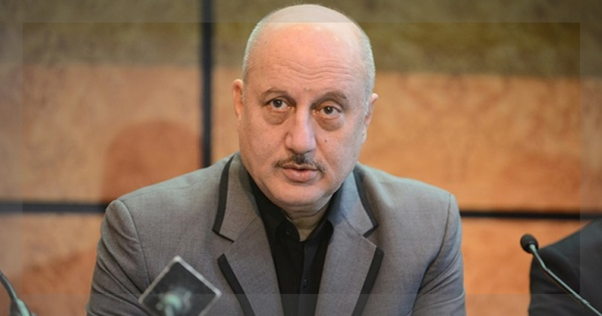 http://meranews.in/backend/main_imgs/Anupam-Kher_anupam-kher-ranked-6th-in-richtopias-influential-author-list_0.jpg