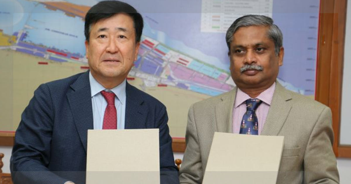 http://meranews.in/backend/main_imgs/Hyundai-Chennai_hyundai-re-inks-deal-with-chennai-port-trust-to-export-cars_0.jpg