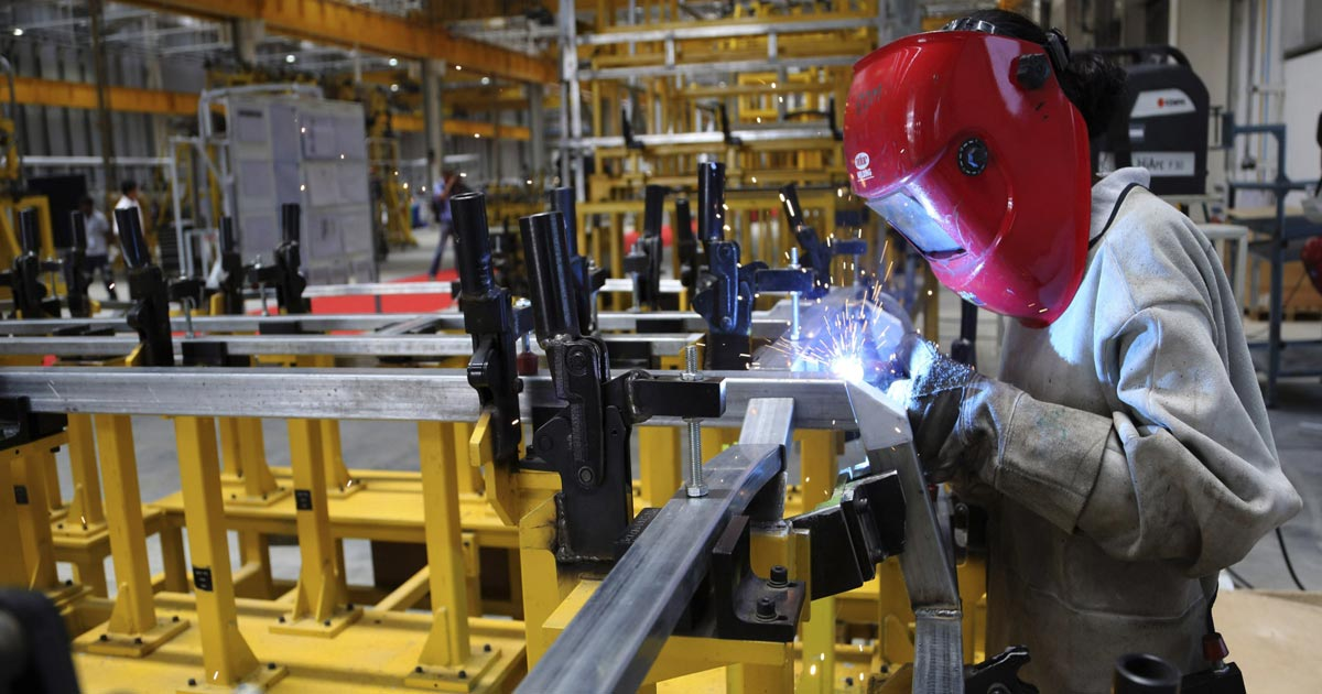 http://meranews.in/backend/main_imgs/Industrial-Production_industrial-production-increases-by-49-percent-in-april_0.jpg