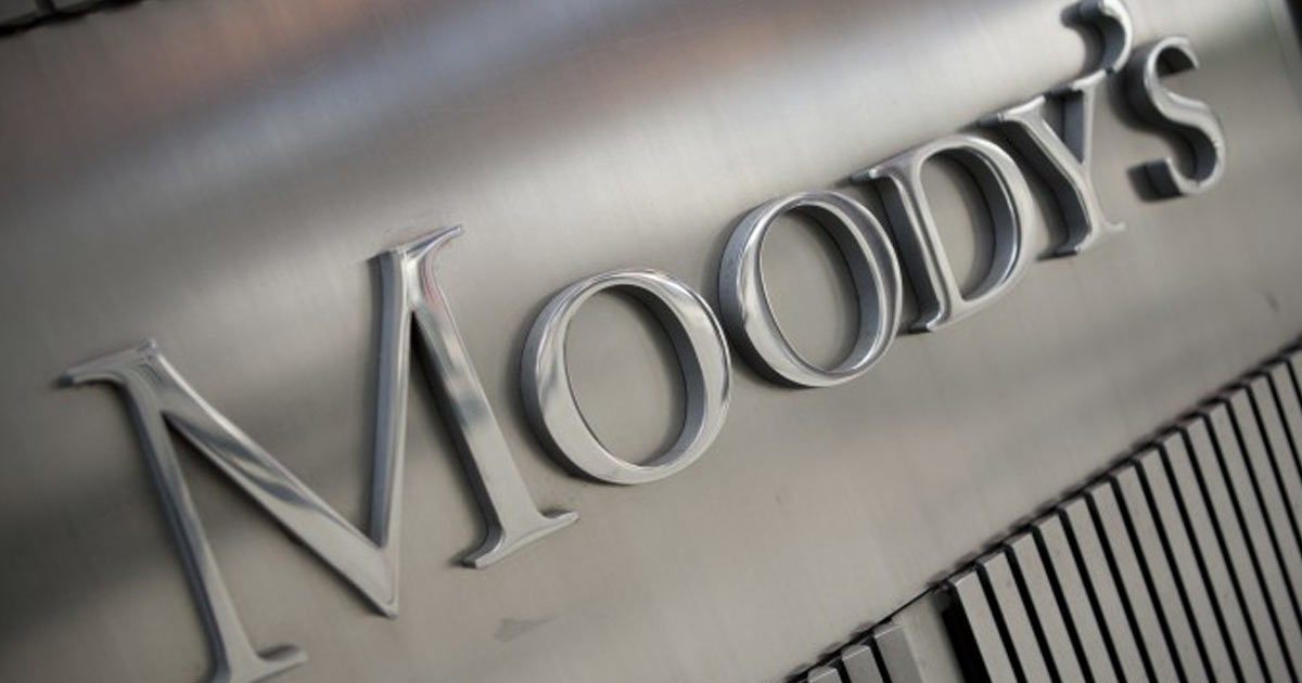 http://meranews.in/backend/main_imgs/Moodys_indias-gdp-will-grow-72-percent-in-the-year-ending-march-2019-moodys_0.jpg