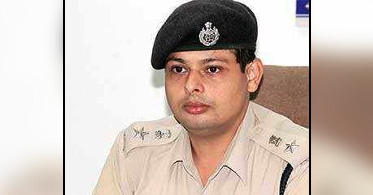 http://meranews.in/backend/main_imgs/NirliptRai_nirlipt-rai-appointed-new-sp-of-amreli-police_0.jpg