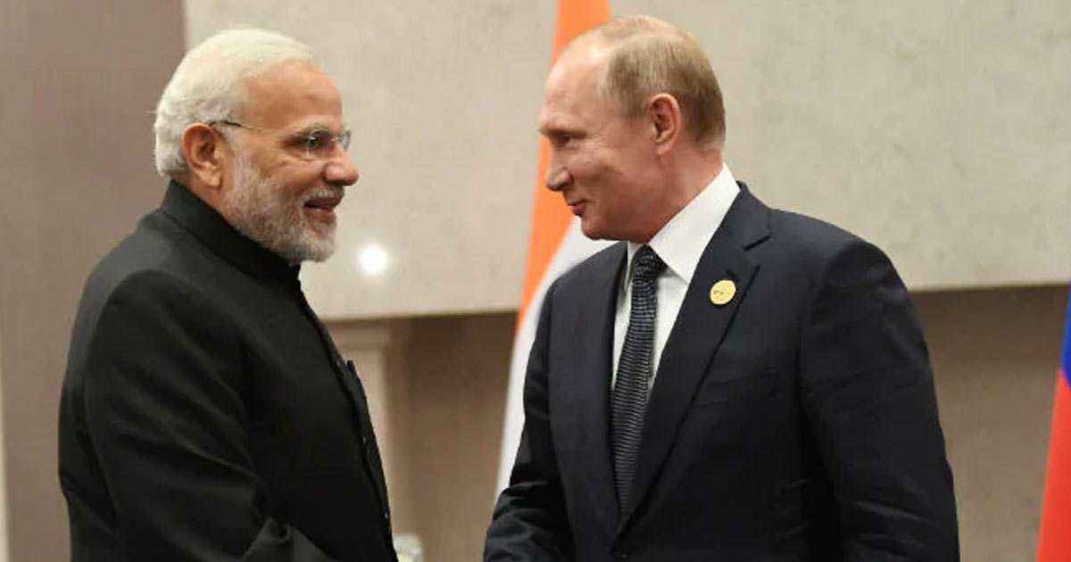 http://meranews.in/backend/main_imgs/Putin-Modi_russian-president-vladimir-putin-to-visit-india-on-a-two-day-tour_0.jpg