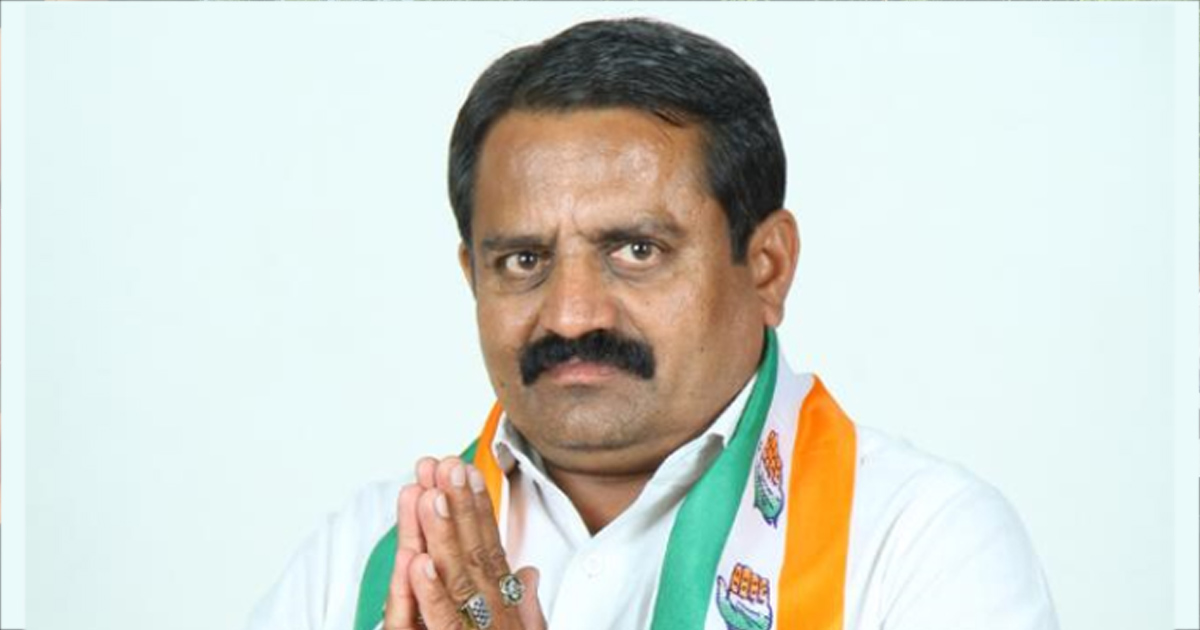 http://meranews.in/backend/main_imgs/eng-rajkot-lanch_acb-nabs-rajkot-congress-leader-accepting-bribe-of-rs-2-lakh_0.jpg
