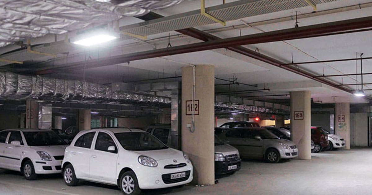 http://meranews.in/backend/main_imgs/parking-eng_illegal-parking-ahmedabad-traffic-parking-woes-gujarat-high-court_0.jpg
