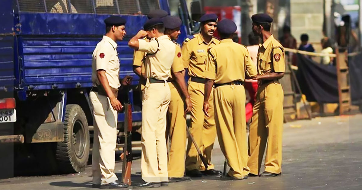 http://meranews.in/backend/main_imgs/policee_gujarat-police-rejects-leave-applications-of-cops_0.jpg