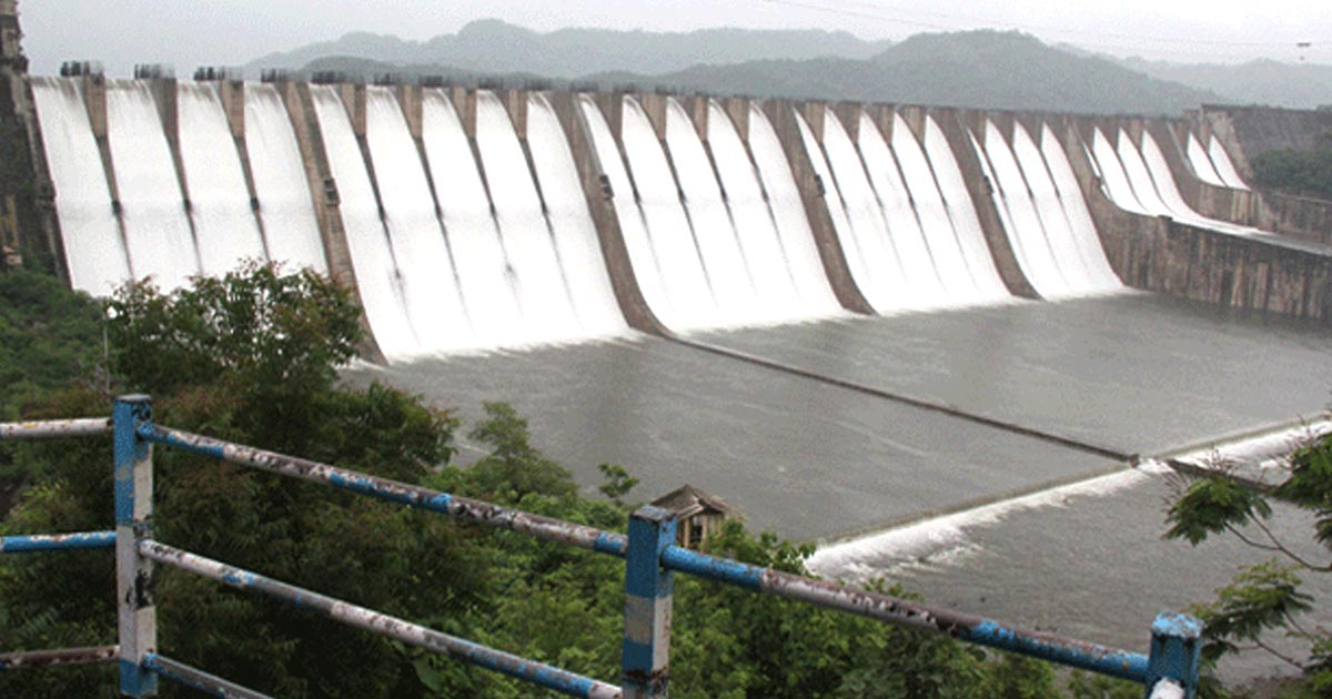 http://meranews.in/backend/main_imgs/sardarsarovarproject_sardar-sarovar-project-has-done-more-than-what-it-had-promised-bn-navalawala_0.jpg